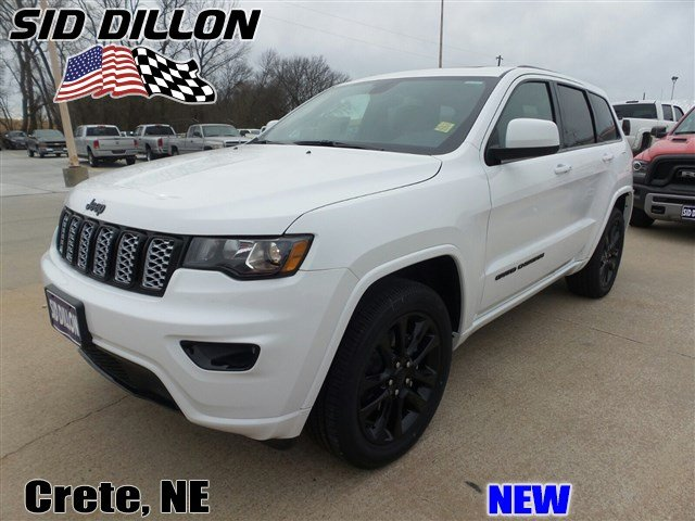 new 2017 jeep grand cherokee altitude suv in crete 6d1355 sid dillon auto group. Black Bedroom Furniture Sets. Home Design Ideas